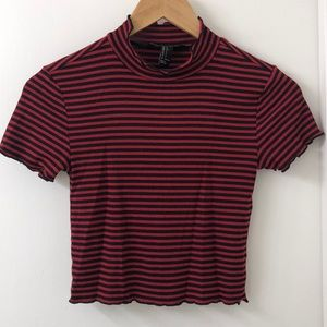 mock neck red/black ribbed top - small